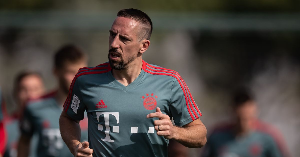 Injury blow for Bayern Munich as Frank Ribery suffers injury in training